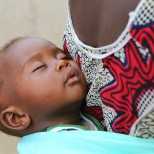 Täglich sterben 29.000 Kinder unter fünf Jahren…