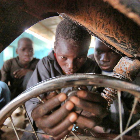 Prise en charge des enfants des mines de Tougouri (gallery)