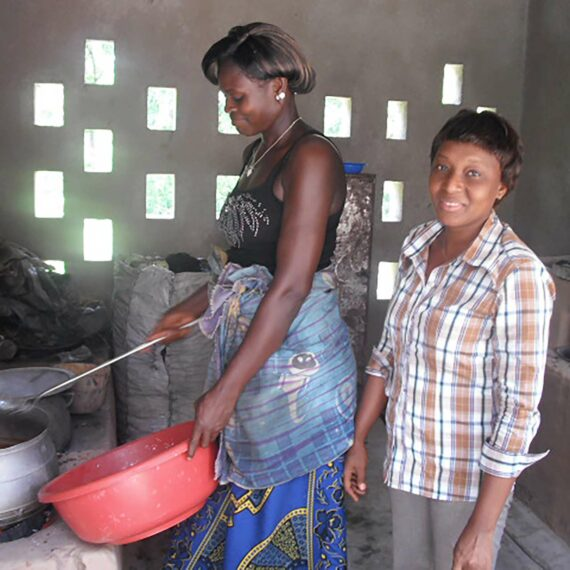 Insertion professionnelle des jeunes filles de Kaloukro (gallery)